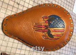 Bobber ou Chopper Solo Seat Outillage en cuir fait main, Patriotic Punisher Design