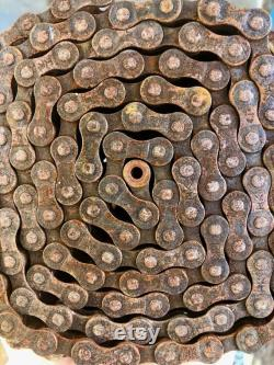 Chaînes de bicyclettes rouillées d utilisation pour l art Ensemble emballé de 2