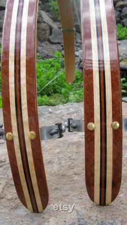 Fait de bois vélo ailes Woody main béquille de vélo. Béquille de vélo. Gardes boue, bambou, Boo, recyclage, vélo, vélo ajouter, vélo de banlieue