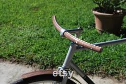 Guidon de vélo en bois incurvé en aluminium noyer