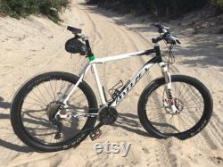 Noseless Bicycle Seatis Le seul siège de vélo ergonomique entièrement modulaire au monde pour les hommes et les femmes.