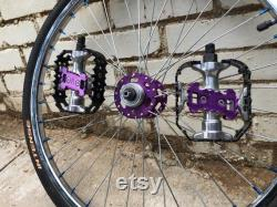 Rare Normandie violet BMX Wheels Wellgo Pedals w aluminium Chain Tensioners