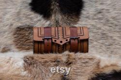Sac à outils en cuir de moto fait main, sac de fourche en cuir personnalisé, accessoire de moto en cuir, outil personnalisé de sac de fourche.