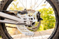 Sur Ron Rear Shark Fin Dual Caliper Raw Silver CNC 6061 aluminium Direct Bolt On Nouveau Made In USA Pour Sur-Ron Electric Bike