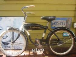 Vélo rare de jeunesse Greyhound
